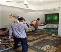 جامعة أسيوط تواصل تطهير وتعقيم مبانيها لمنع انتشار كورونا