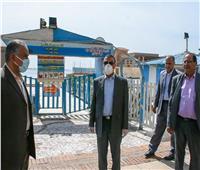 محافظ الإسكندرية يتفقد الأسواق والكورنيش لمتابعة إجراءات الحد من التجمعات