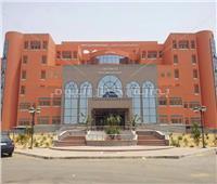 «الخشت » تجهيز مستشفى الشيخ زايد لعزل أعضاء هيئة التدريس  والطلاب