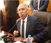 وزير النقل: 900 قطار يوميا لتفادي الزحام