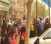أمسك مخالفة| زحام المواطنين في مكتب بريد العاشر من رمضان