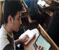 ٥٧٨ ألف طالبا يؤدون الامتحانات الإلكترونية التجريبية اليوم
