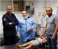 لواء شرطة ينقذ حياة طفلة مصابة «بلدغة عقرب» في أسيوط