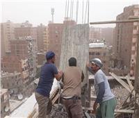 محافظ القاهرة يشدد على التعامل بحزم مع مخالفات البناء