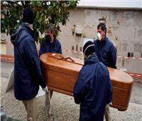 استمرار تراجع عدد وفيات فيروس كورونا في إسبانيا