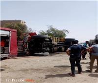 انقلاب سيارة محملة بإسطوانات البوتاجاز في قنا