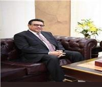السفير المصري بالكويت يجتمع بالجالية لمناقشة العمل التطوعي