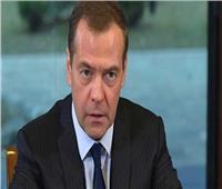 رئيس الوزراء الروسي السابق : العالم بحاجة لعلاقات جديدة خالية من العقوبات لمواجهة كورونا