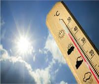 «الأرصاد» تحدد موعد ارتداء الملابس الصيفية.. فيديو