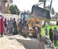 حملة لإزالة مخالفات البناء بمركز الفتح بأسيوط وتنفيذ 232 قرار بـ 5 مراكز