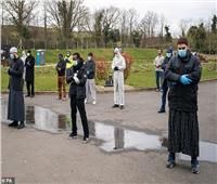 صور وفيديو| مقابر جماعية لدفن مسلمي بريطانيا من ضحايا فيروس كورونا
