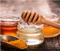 خبير تغذية: «العسل والكركم» لتقوية المناعة ومحاربة الفيروسات