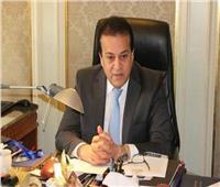 وزير التعليم العالي: المستشفيات الجامعية المخصصة للعزل تضم 2056 سريرا