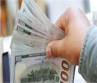 ضبط 3 متهمين بالاتجار غير المشروع في النقد الأجنبي