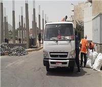 رئيسة مدينة سفاجا تتابع أعمال النظافة بمنطقتي الثلاجة والأشغال العسكرية