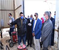 محافظ مطروح يتفقد مصنع تعبئة الغاز بالكيلو ١٧