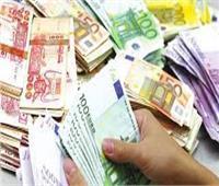 عثر على 15 ألف دينار كويتي.. نقابة «السكة الحديد» تكرم عامل مزلقان