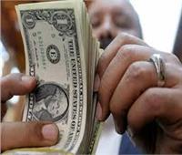 التحقيق مع صائغ بتهمة الاتجار فى العملة الأجنبية