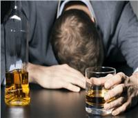 ما حكم الجلوس مع شارب الخمر؟.. «الإفتاء» تجيب