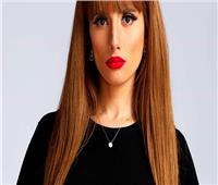 شاهد| الفنانة زينة تتعرض لإصابة شديدة بسبب فيفي عبده