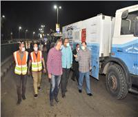 محافظ أسيوط يترأس حملة لرش وتطهير شوارع وميادين أسيوط