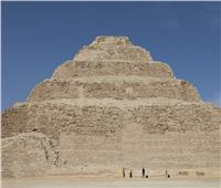 السياحة تطلق جولة افتراضية للمجموعة الهرمية للملك زوسر عبر الإنترنت