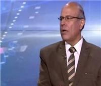 رئيس هيئة الأرصاد الجوية السابق: «محدش يخفف الملابس»