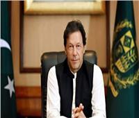 رئيس وزراء باكستان يتهم الحكومة الهندية بارتكاب جرائم حرب في كشمير