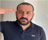 «دياب» يؤدي التحية العسكرية لشهداء حادث «بئر العبد»