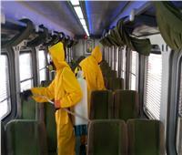 صور.. السكة الحديد تواصل تعقيم القطارات والمحطات ضد كورونا