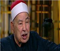 صور| لحظة وصول جثمان الشيخ الطبلاوي إلى مثواه الأخير
