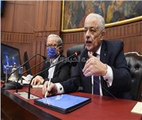 25 مليون كمامة و14 طالب باللجنة.. وزير التعليم يكشف خطة تأمين امتحانات الثانوية العامة والدبلومات