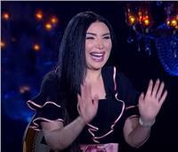 فيديو| عبير صبري: مبقلدش رانيا يوسف.. وجوزي قمر