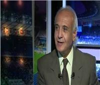 أسامة خليل يوضح رأيه في قرار عودة الدوري