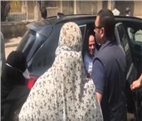 فيديو| مواطنة للرئيس السيسي: ربنا وينصرك على مين يعاديك