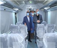 صور| وزير النقل من «ورش أبو راضي»: تطوير84 عربة قطارات إسبانية