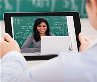 فيديو| خبير يوضح دور التكنولوجيا في جهود التعليم عن بعد