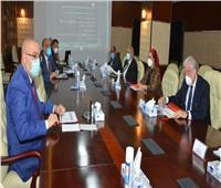 وزير الإسكان ومحافظ جنوب سيناء يتابعان مشروعات المياه والصرف بالمحافظة