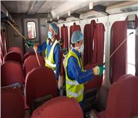 بالصور.. السكة الحديد تواصل أعمال تعقيم القطارات ضد كورونا