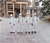 تعقيم وسائل النقل وأماكن مبيت العمال بمصانع الأسمنت في شمال سيناء