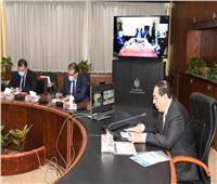 «الملا» يجتمع برؤساء الشركات الأعلى إنتاجية للبترول لبحث سُبل ترشيد الإنفاق