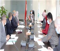 وزيرة البيئة تعقد الاجتماع الأول للجنة المرور على محطاتالصرفالصناعي