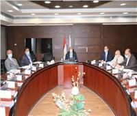 وزير النقل: رفع كفاءة البنية الأساسية للسكك الحديدية