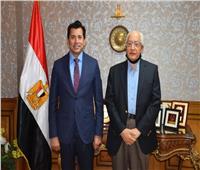 وزير الرياضة يستقبل علي الدين هلال لبحث تطوير برامج التنمية الشبابية