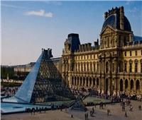 هل تتجه فرنسا لبيع أشهر مقتنيات متحف اللوفر بسبب كورونا؟