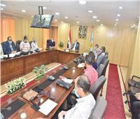 محافظ أسيوط يترأس اجتماع مناقشة الموقف التنفيذي لمشروعات المبادرة الرئاسية