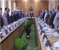 مجلس جامعة بنها يبدأ جلسته بالوقوف دقيقة حداد على روح الدكتور حسام العطار