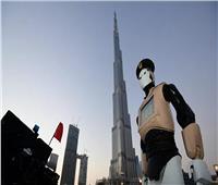 الإمارات: فرض ارتداء سوار إلكتروني على كل مصاب بفيروس كورونا