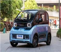 شاهد.. الصين تحل مشكلات الازدحام والوقود بسيارات صغيرة ورخيصة