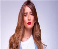 """""""زينة"""" تطالب جمهورها بالدعاء لرجاء الجداوي لإصابة بـ""""كورونا"""""""